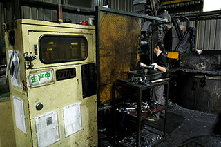 proimages/equipment/Die-casting/15-s.jpg